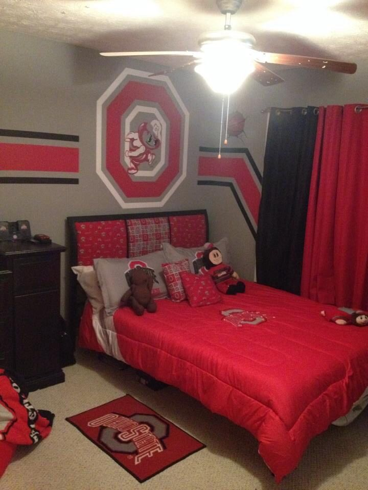 Best 25 ohio state rooms ideas on pinterest ohio state game ohio state buckeyes and osu for Ohio state bedroom paint ideas