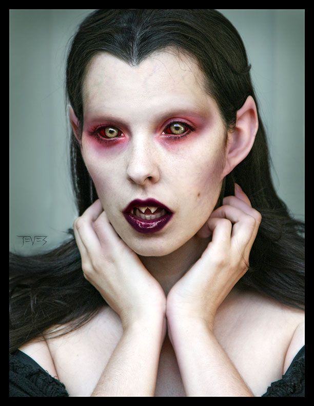 1000+ Ideas About Vampire Eyes On Pinterest | Vampires Vampire Fangs And Red Ridding Hood