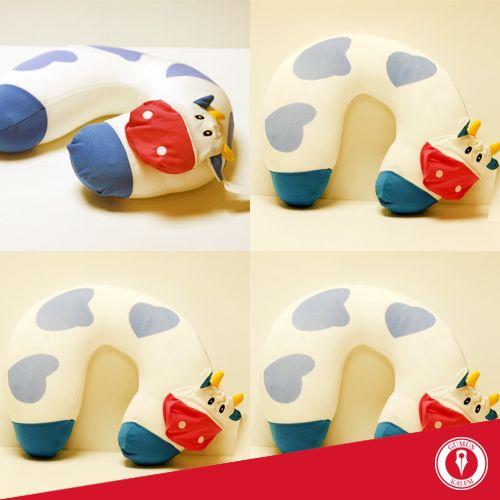 Miniklerin tatil yolculuğu rahat geçsin diye PF Concept çocuk seyahat yastığı Gümüş Kalem'de! www.gumuskalem.com.tr