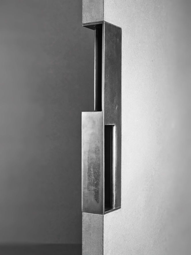 Door handle designed by Tom Kundig