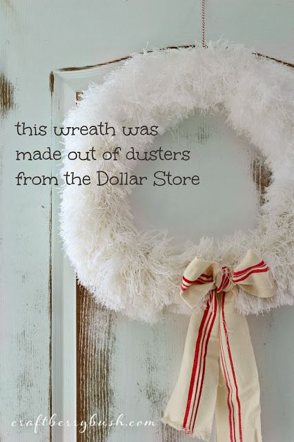 Craftberry Bush: Brilliant or Crazy? A #Christmas #Wreath Wreath made out of dusters from the DS - made in less then 5 minutes for less than $5