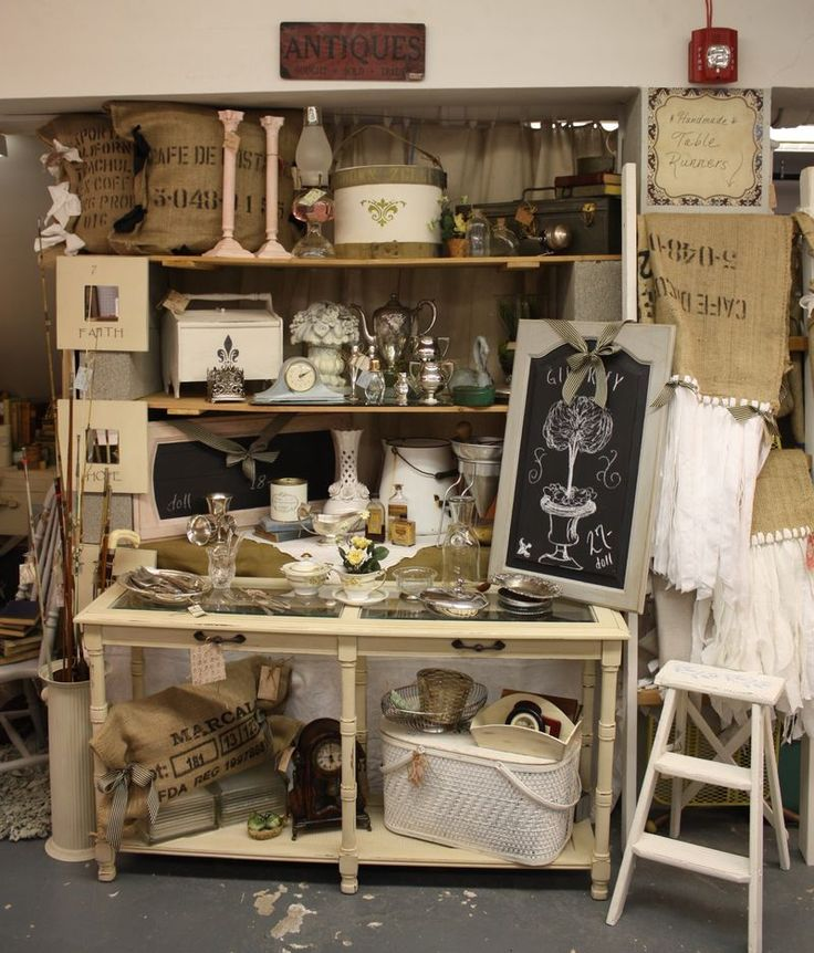Camas Antiques use white crates.sofa table or blue dresse/cabinet back wall