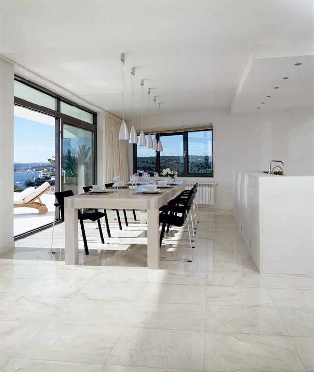 White Calcutta porcelain with marble look