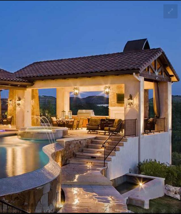 25 Of The Most Gorgeous Outdoor Kitchens: Outdoor Kitchen With Pool And Spa