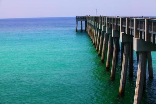 "The turquoise waters near Panama City Beach scream ""PARADISE!"""