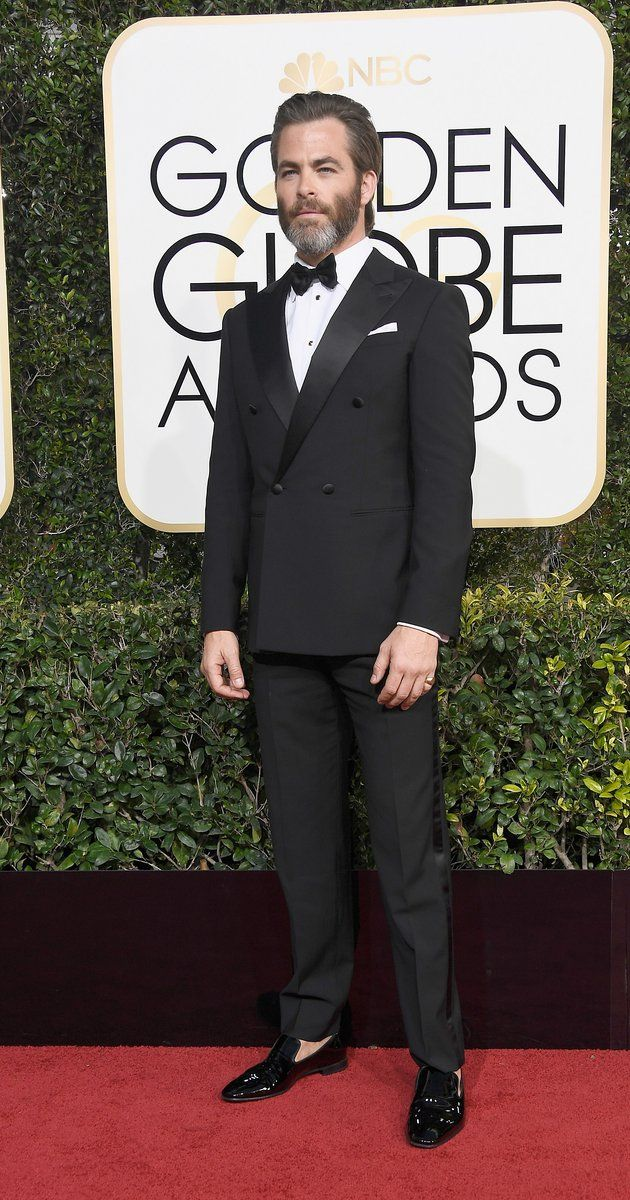 Chris Pine at the 2017 Golden Globes. I can't even handle how fine he is.