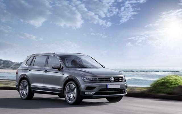 Changes On The 2020 Vw Tiguan Will Include Updates Of The Allspace And R Line Models A Hybrid Engine Is Possible For The Flagsh Volkswagen Hybrid Car New Cars