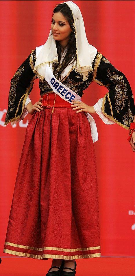 Miss Greece International 2010 Maria Tsagkaraki [https://www.facebook.com/133816970028609/photos/134277366649236]