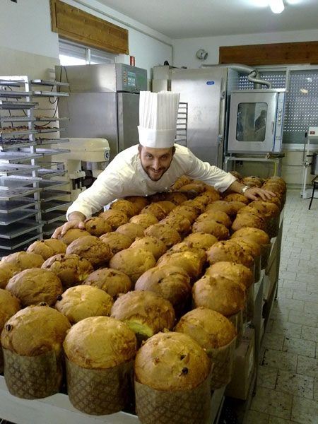 Grandi lievitati: il panettone, inserita da Pietro Macellaro