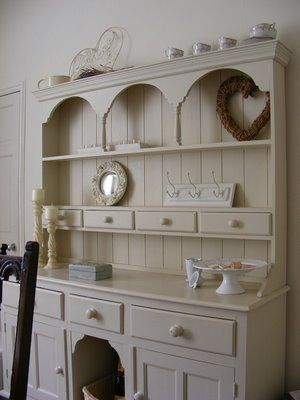Farrow and Ball Off-White