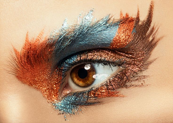 Make up: Klaudia Utnicka Fotografia/Retusz: Karolina Harz Photography Modelka: Magdalena Siekierka — w miejscu: NoLimitsFX