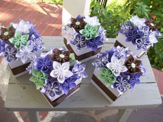 Folded Paper Flower Centerpieces (Kusudama) - Love the Colours!