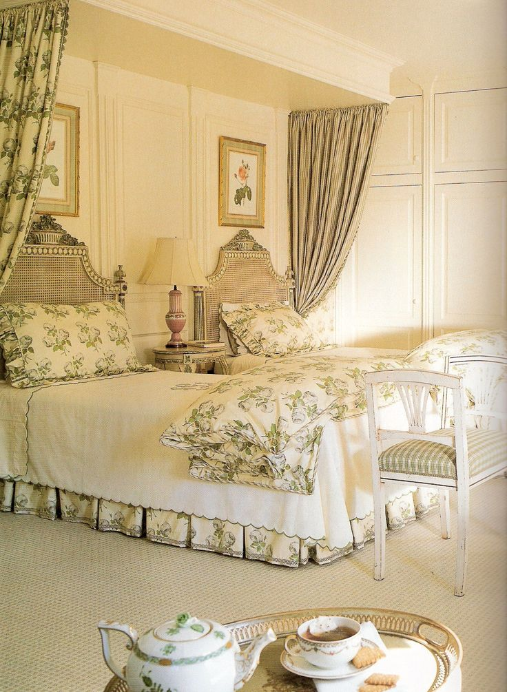 Best 26 Best Beautiful Interiors Toni Gallagher Images On 400 x 300
