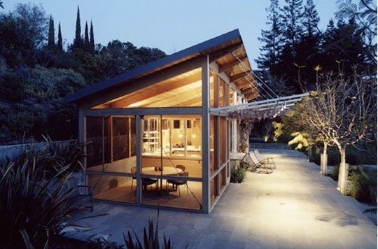 diy outdoor pool house   Inspiration: Pool Houses and Pavilions   Apartment Therapy