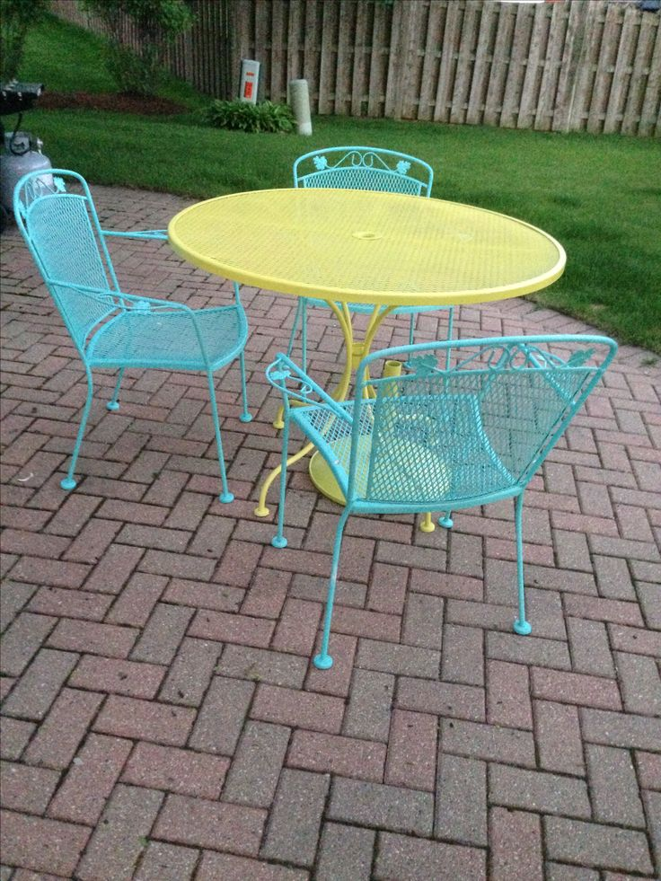 Best 25 iron patio furniture ideas on pinterest patio furniture sets painting patio Spray painting metal patio furniture