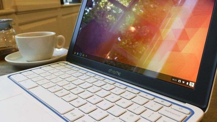 25 laptops under $500. perfect for gifts for guys or girls Life companions: amazing bits of kit that have been built to last | Technology can be pretty fast moving, but these will last you for years rather than weeks. Buying advice from the leading technology site