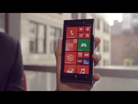 Nokia Lumia 928 offiziell vorgestellt - http://www.mrmad.de/nokia-lumia-928-offiziell-vorgestellt-1005  Nokia hat heute das Lumia 928 offiziell vorgstellt. Das neue PureView Flagschiff der Finnen soll allerdings zunächst exklusiv für den amerikanischen Provider Verizon erscheinen. Ob und wann es das Nokia Lumia 928 nach Europa schafft ist unbekannt.