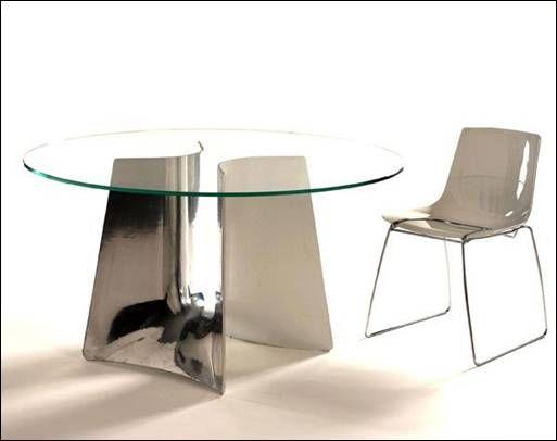 Ciao a tutti, sono Gianluca e vendo 1 tavolo e 4 sedie (mai utilizzate) design Baleri Italia acquistati direttamente dall'esposizione nello show room dell'azienda a Milano. Si tratta del tavolo Ben...