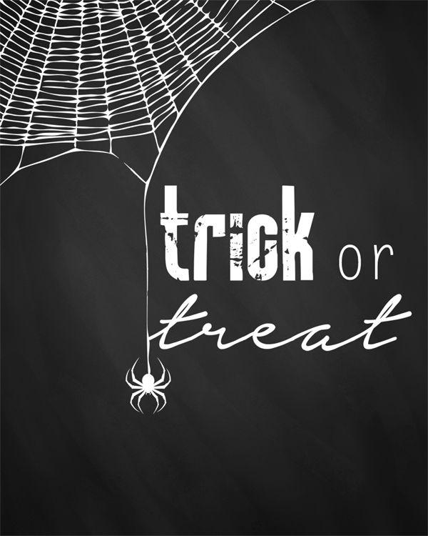 Free printable Halloween chalkboard art