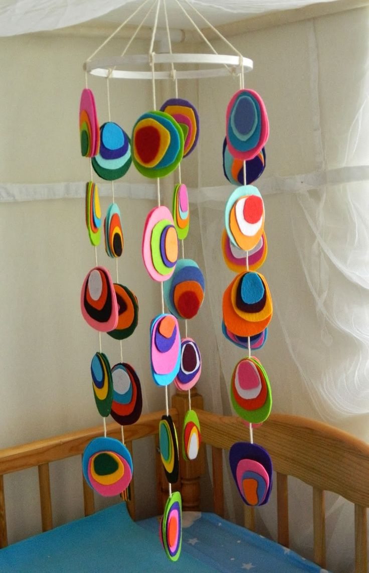Diy Projects: 6 Homemade Baby Crib Mobiles