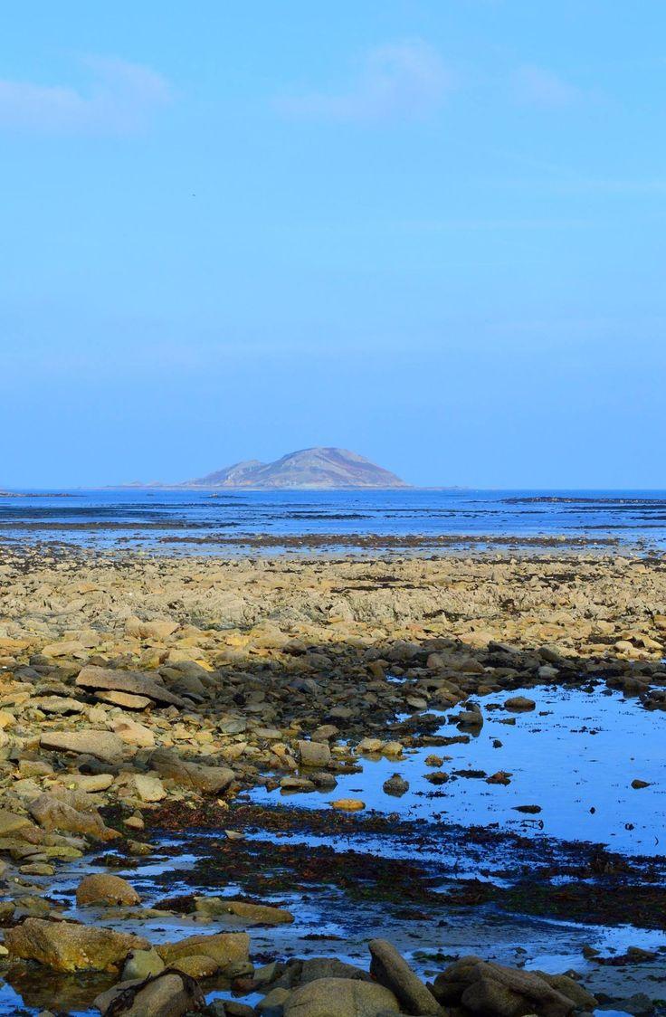 Rocks and Sea - Bretagne, France - null
