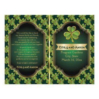 L'or, mariage irlandais de trèfle de vert a plié prospectus 21,6 cm x 24,94 cm