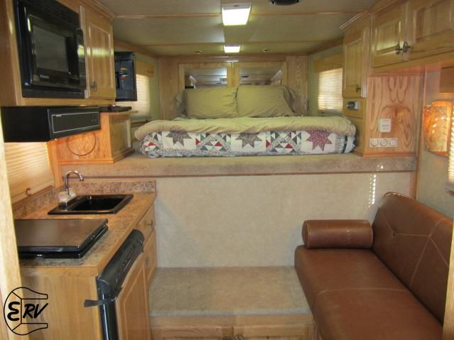 66 best images about horse 39 s trailers and accessories on for Decor quarters