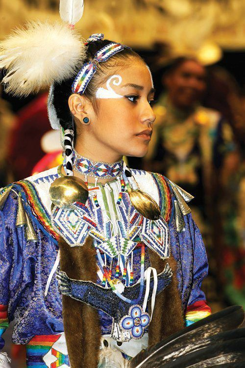 a description of the aztecsmexicas as the native american people An overview of all the indigenous peoples of the americas is presented in  american indian discussions of various aspects of indigenous american cultures  may.