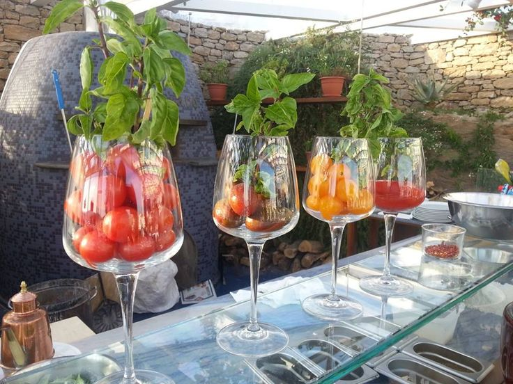 Tomatoes Marechiaro Pizza Mykonos