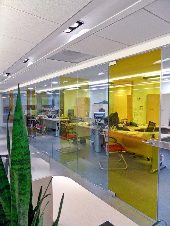 M s de 25 ideas incre bles sobre oficinas corporativas en for Diseno de oficinas corporativas
