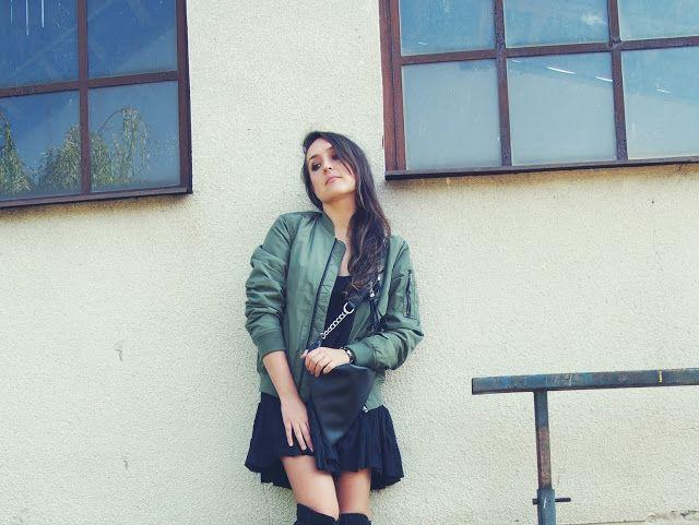 black flounce dress http://corazonfashionandstyle.blogspot.com/2016/09/worth-it.html #diy #handmade #flouncedress