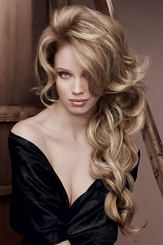Dream hair in a snap! Remy Clips clip-in hair extensions. Quality hair at amazing prices. www.remyclips.com