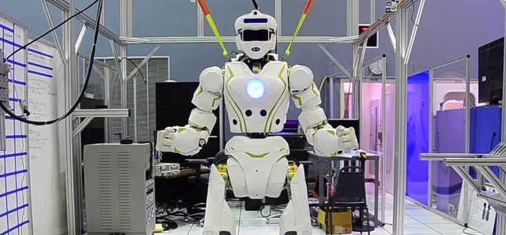 Medical robots do not only exist in sci-fi movies, they are coming to healthcare. Here are the 9 most exciting medical robot facts.