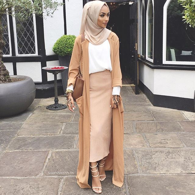 Pinterest: @eighthhorcruxx. Sabina Hannan. Love this whole outfit #hijab #hijabfashion #modest #abaya #muslimah #modestfashion #style #fashion #eighthhorcruxx #muslimstreetstyle