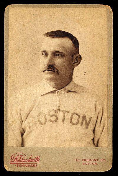"""2 de JUNIO de 1891.- Charles """"Charley"""" Radbourn, de los Rojos de Cincinnati, logró la 300ª victoria de su carrera en Grandes Ligas, al derrotar a los Boston Beaneaters de Boston en South Grounds, 1…"""