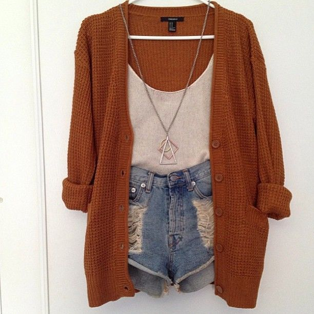 Loose Sweater + Denim Cutoffs + Basic Tank + Necklace = Fall Outfit