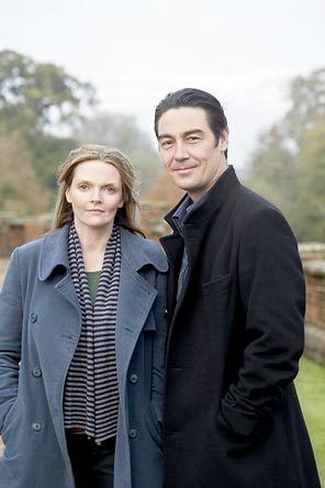 'The Inspector Lynley Mysteries' Barbara Havers: [admiring Stinhurst's enormous castle] Is your pad in Cornwall this big?  Thomas Lynley: Size isn't everything, Havers, isn't that what you women keep telling us?