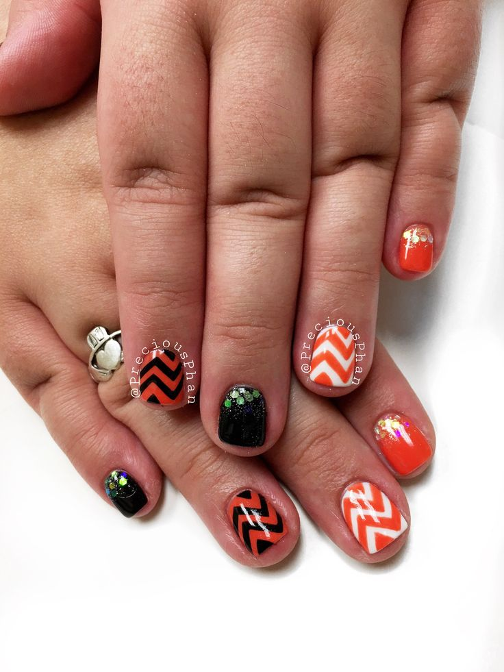 Black and orange nails. Halloween nails. Chevron nails ...
