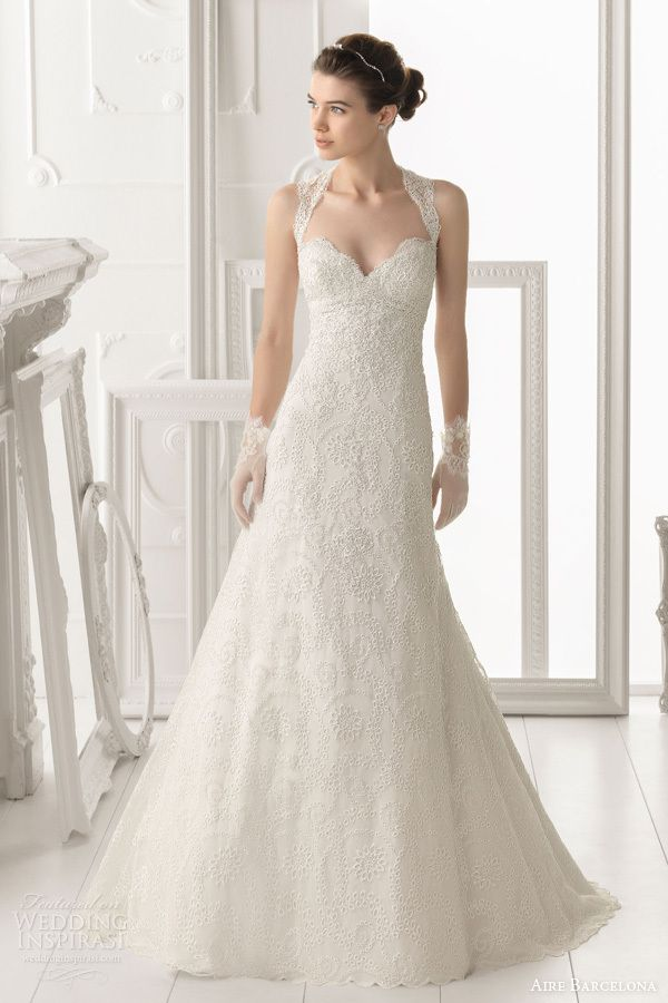 Attractive Aire Barcelona Is A Famous Wedding Dress Designer In Spanish