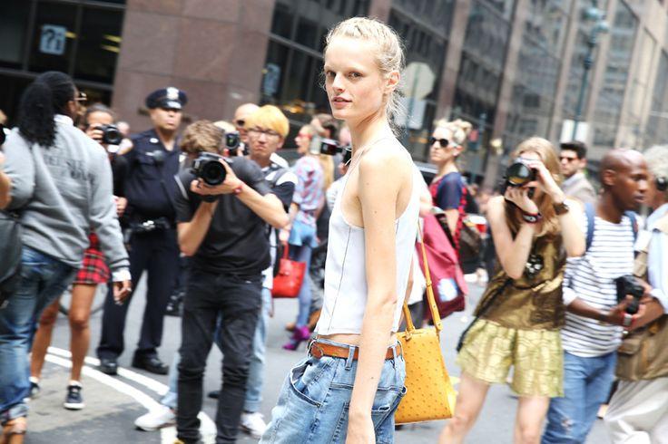 Le top Hanne Gaby Odiele http://www.vogue.fr/defiles/street-looks/diaporama/street-looks-a-la-fashion-week-printemps-ete-2014-de-new-york-jour-5/15147/image/826696#!le-top-hanne-gaby-odiele