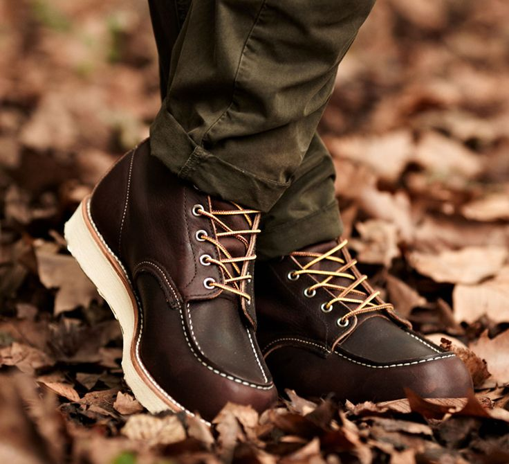 Red Wing Heritage 8138 Moc Toe Boots