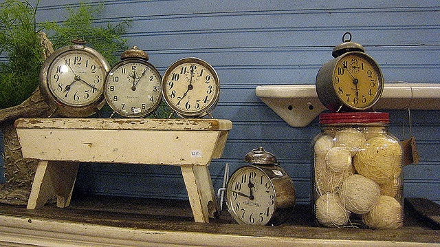 "eclectic clock display - cake/dessert table? ""it's time for cake"""