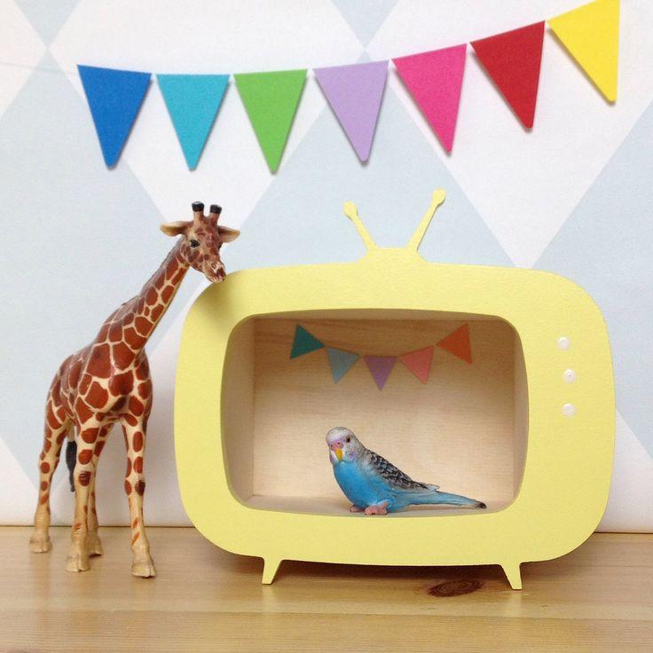 Mini tv box £34  #upwarsaw #retrotv #teeveebox