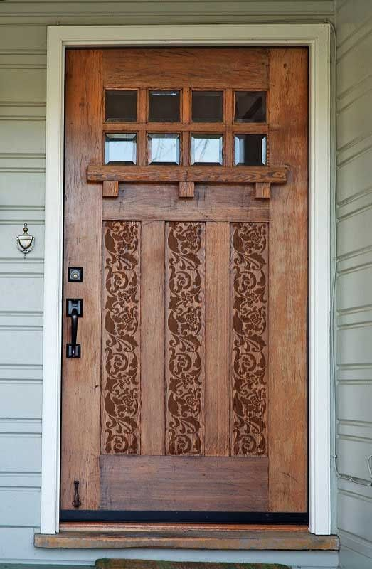 Great touch, just enough stenciling to give this front door charm but not overtake its Arts and Crafts uniqueness!