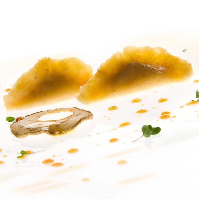 JRE FOOD TOUR Chef JRE Fabrizia Meroi ristorante Laite Sappada (BL) #fabriziameroi http://www.ristorantelaite.com #jrefoodtour #jrestartoftour  #eightysevenjre  #colour #creativity #instafood #foodie #gourmet  #foodpic #foodphotografy  #amazing #delicious #theartofplating #deliciousfood  #arounditaly #enjoy  #ristorante #foodie #photooftheday  #tasteflavours #trentinoaltoadige  #dolomites #unesco #taste #jreitalia