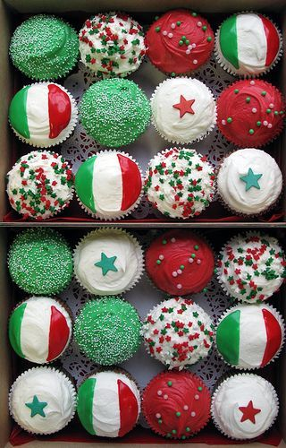 Viva Italia cupcakes by Crumbs and Doilies, via Flickr