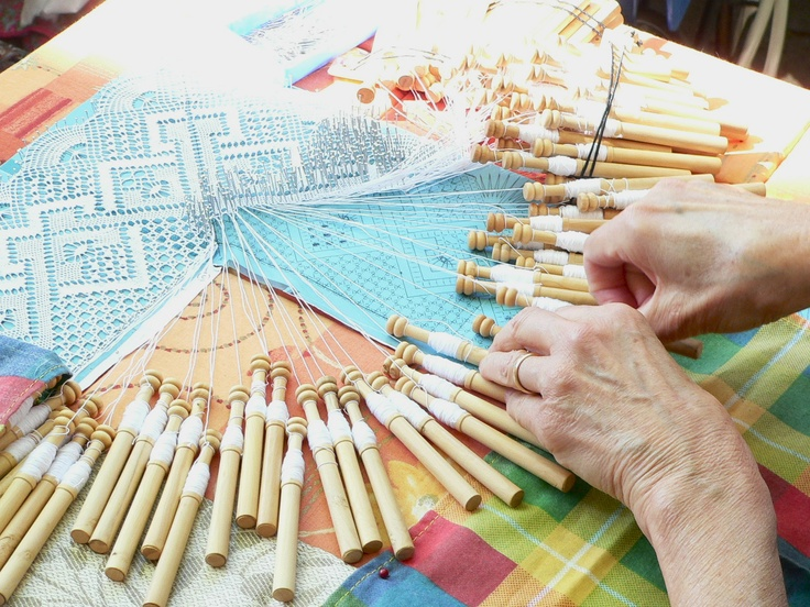 bobbin lace ~ talk about tedious work.. one would have to be very dedicated. wow