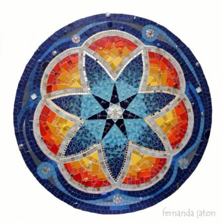 mandalas y murales en la técnica del mosaico  venecitas  cerámica,esmalte  vidrio,piedra mosaiquismo,trencadís