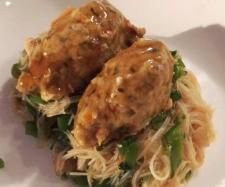 Recipe Asian style chicken dumplings - Varoma complete meal by happythermomixinglady - Recipe of category Main dishes - meat