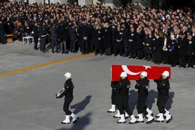 Τουρκία: Παρακλάδι του ΡΚΚ ανέλαβε την ευθύνη για την επίθεση στην Κωνσταντινούπολη
